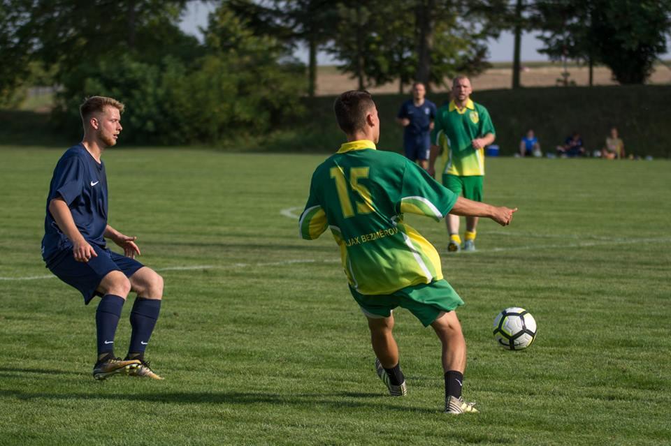 Muži prohráli na penalty v Litenčicích